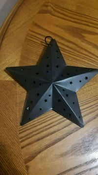 Dimensional larger rustic star decor Youngstown, 44515