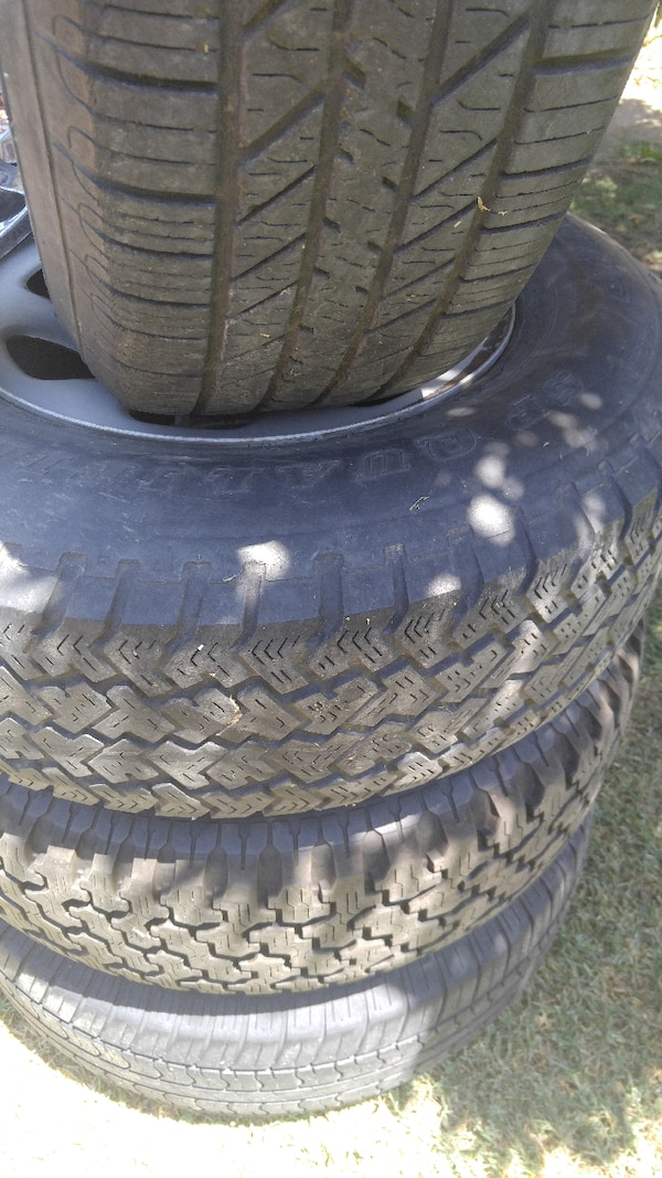71f3bb67ee Used Tires (4) P235/75R15 for sale in Tulare - letgo