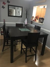 Beautiful kitchen table Frederick, 21703