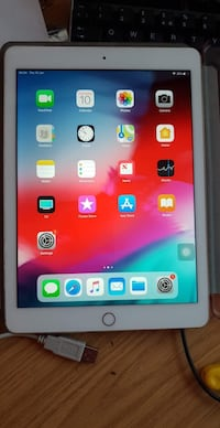 iPad Air 2 64gb rose gold WiFi  Droitwich, WR9 7SW