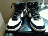 pair of white-and-black Air Jordan shoes Independence, 64055