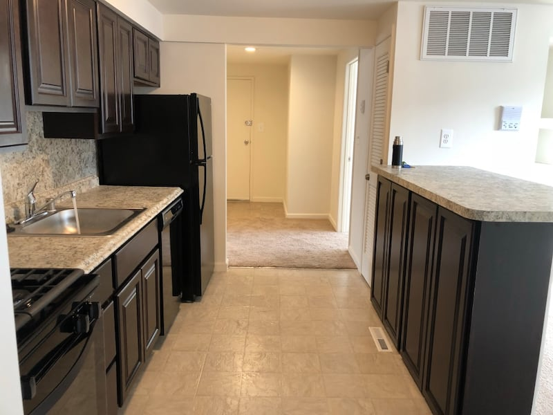 Be the first to apply ! APT For rent 2BR 1BA 931d4ba6-2329-4eff-b54a-6d8f82109191