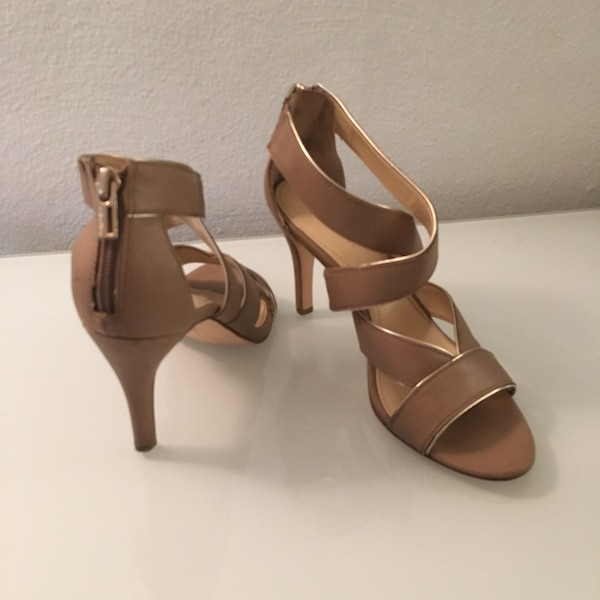 Calvin Klein Tan Thick Straps With Silver Trim Heels, Size 6