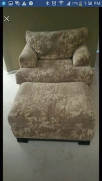 brown and white floral sofa chair with ottoman obo Indio, 92203