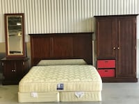 King/Full Hardwood Bedroom Set Washington