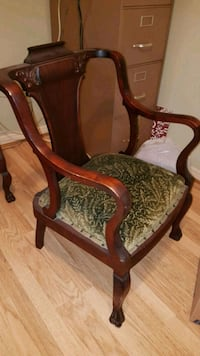 Antique Chair (late 1800s ... Early 1900s) Pickering, L1W 3B9