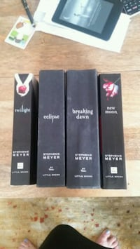 four Stephenie Meyer book series Washington, 20017