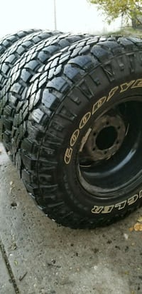 Like new tires on Toyota rims Edmonton, T5C 2R5