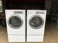 white front-load washer and dryer set 10 km