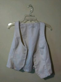gray and white button-up vest Seattle, 98118
