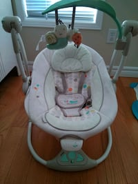Infant Swing operating by batteries Mississauga, L5R 0A9