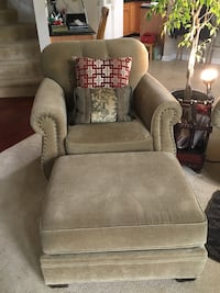 Olive fabric sofa chair with ottoman Frederick, 21704