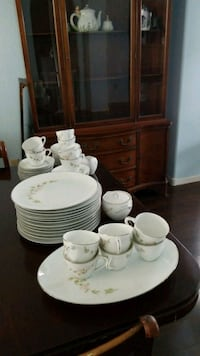 China Service for 12 Henderson, 89074