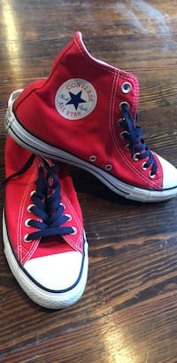 Red  Chucks  Men's 7.5 Women's 9.5 Washington, 20007