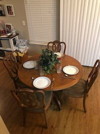 Dining Table and 6 Chairs w/Leaf Virginia Beach, 23455