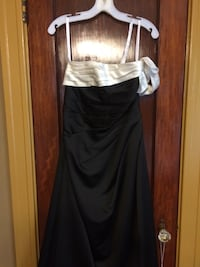 Gown Size 6 Wilmington, 19802