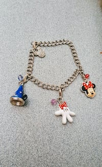 Disney charms bracelet 7 inches