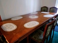 Extendable wooden dinning table Alexandria