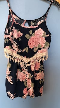 Blue and pink floral spaghetti strap romper  Stevens Point, 54481