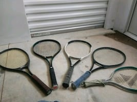 5 tennis rackets with carrying case