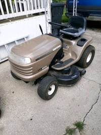 Riding mower craftsman. let 1000. kohler. pro. 18 hp. needs little wor
