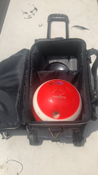 Bowling bag rolling with Pick up ball and men's size 12 shoes. Wilmington, 19808