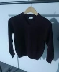 Elderado v neck sweater  Surrey, V3S 5A5