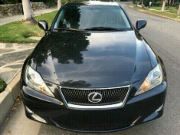 Runs_and_Drives_Like_New|Lexus - IS250 - 2007
