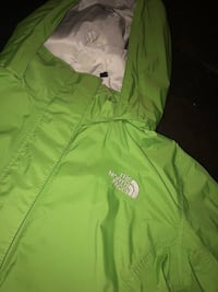 North face windbreaker Newmarket, L3Y 5M4