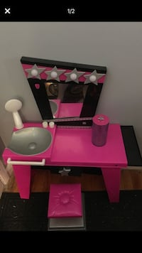 Pink and black vanity with stool York, 17402