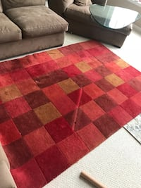 Crate and Barrel red  area rug Leesburg, 20176