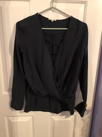 Forest Green lace up top - Small Windsor, N0R 1L0