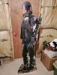The Walking Dead: Daryl Dixon Cardboard Standee