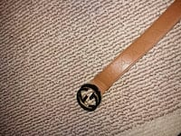 Tan leather Gucci belt