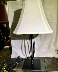 """Nice Solid Black Metal 25"""" Lamp and Linen Shade Excellent Pre Owned Condition Lewisville, 75077"""