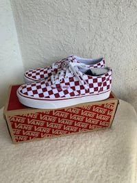 $50 Women's Vans Brand New Size 6 and 7.5