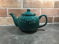 Teapot in perfect condition Kelowna, V1Y