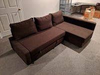 Sectional Couch w/ Pullout FALLSCHURCH