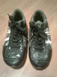 Diesel sneakers. Size 8  North Vancouver, V7L 3C9