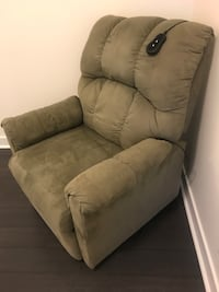 Electric Lift- reclining chair  Mississauga, L5B 0K5