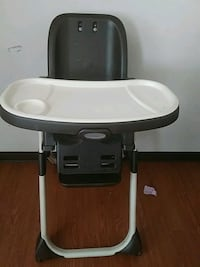 baby's white and gray high chair El Paso, 79915
