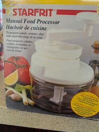 Manual food processor Surrey, V3V 2J8