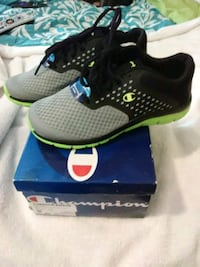 Boys Brand new Champion Black and Green size 4 1/2 Hamlet, 28345