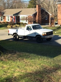 Ford - F-250 - 1987 Louisville, 40228