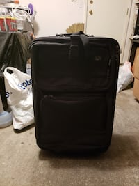 2 suitcases BOTH for $10 Richmond
