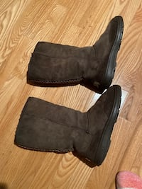 Pre loved UGGS Great Falls, 22066