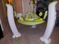 toddler's white and green jumperoo Arlington, 22202