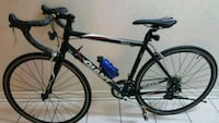 Road bike giant windmark negotiable price Toronto, M6E 1N5