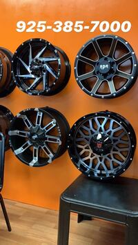 """17""""18""""20"""" ALL SIZE WHEELS AND TIRES AVAILABLE WE FINANCE NO CREDIT NEEDED  Berkeley, 94704"""
