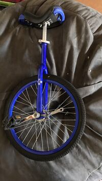 Blue unicycle 2343 mi
